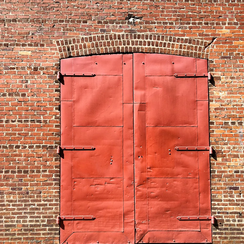 That's a Red Door