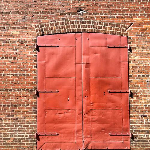 That's a Red Door