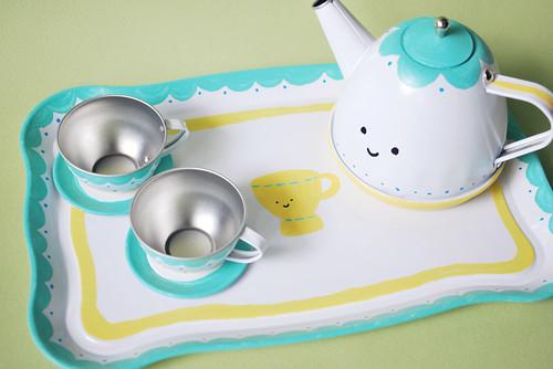 Wild Olive Tea Set