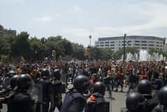 Mossos en la Plaza de Cataluña