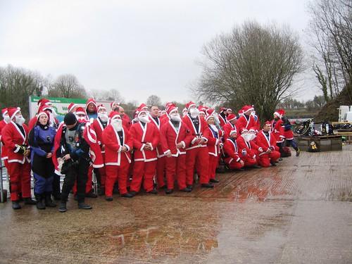 Scuba Santas Line up for the 2008 event