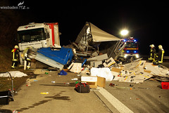 Schwerer LKW-Unfall A3 höhe Breckenheim 20.01.09