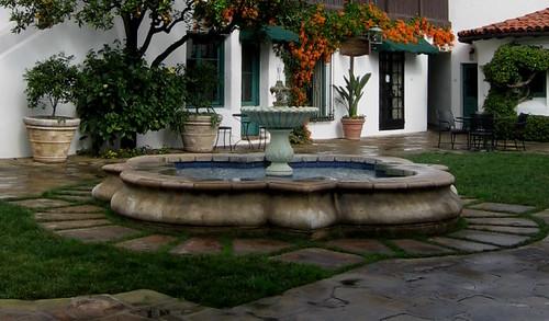 El Paseo Fountain