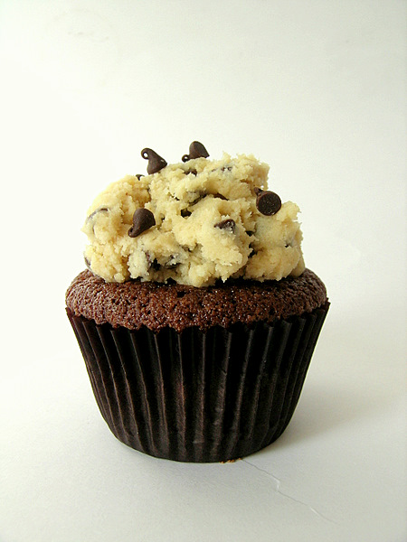 THE Chocolate Chip Cookie Dough Cupcake