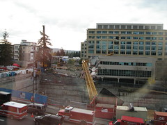 Bellevue Crane Collapse (Redbeard Math Pirate) Tags: construction crane accident collapse bellevue bellevuewa bellevuewashington tower333
