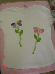 flores.. (Renata ...) Tags: patch patchwork camiseta blusa