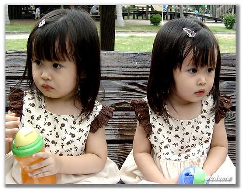 3332223947 b0399e0fce - ~* Cutties Twins In The World *~