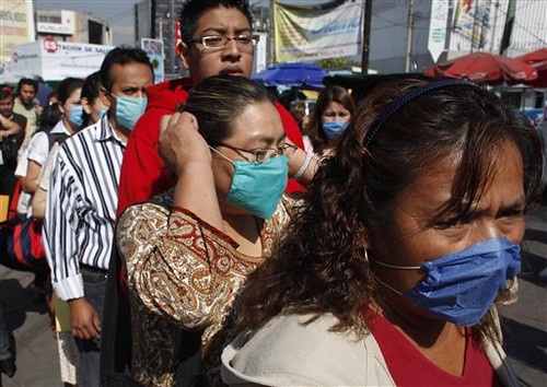 Mexico flu: Maximum alert declared in Callao, Peru