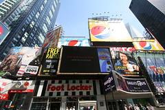 """Free Radio"" Billboard in Times Square (Vidiot) Tags: nyc radio square free billboard lance timessquare times freeradio krall vh1 lancekrall"