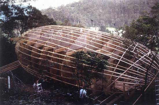 The structure of the Cocoon House architectural house 06