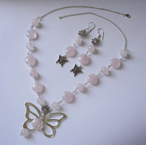BUTTERFLY LOVE NECKLACE and EARRINGS SET with Pink Rose Quartz gemstone beads