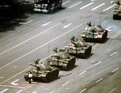 La foto del hombre frente al tanque en Tiananmen