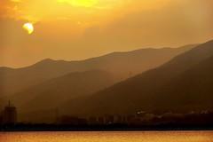 sundown (jobarracuda) Tags: china sunset mountain lake lumix sundown explore guangdong  starlake zhaoqing bundok fz50 lawa  dapithapon panasoniclumixdmcfz50 aplusphoto jobarracuda jojopensica tsina