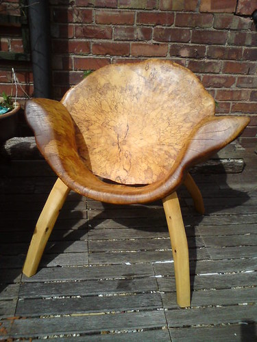 organic chair by Simon Archer Sculptor