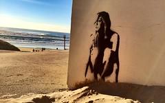 Graphe à la plage de contis (40-France) (Jepeinsdesaliens) Tags: street streetart art surf landes graphe contis surfinggirl uploaded:by=flickrmobile flickriosapp:filter=nofilter