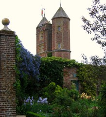 The Tower at Sissinghurst (UGArdener) Tags: england tower english sissinghurst spring unitedkingdom britain may ceanothus nationaltrust irises springtime englishgardens sissinghurstcastlegarden walledgardens englishtravel
