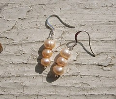 dadootdoots (dadootdoots) Tags: art fashion design jewelry pearls etsy