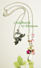childhood-necklace