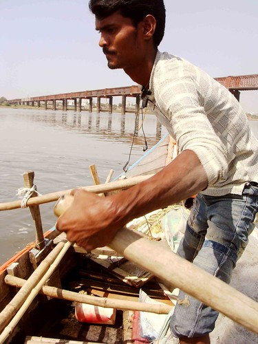 Travel Notepad – Narmada River, Surat-Ahmedabad Highway