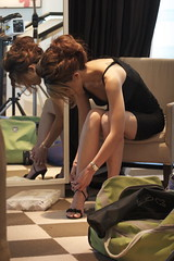 almost ready. (Liz Lieu) Tags: liz model behindthescene lieu fasionista lizlieu pokerdiva fashionphotoshoot propokerplayer gucciheels robertocavallidress