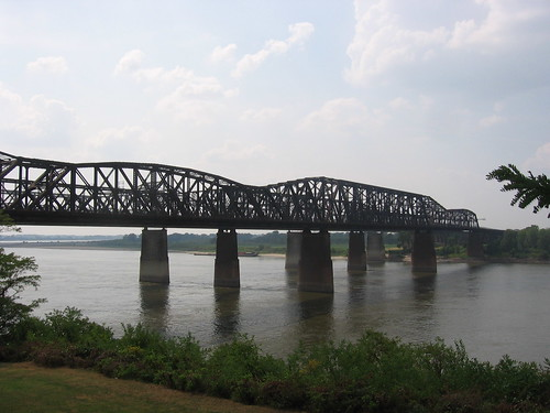 Hell No, it Doesn't Look Like Hell:  Old Bridges Across the River at Memphis