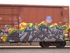 Knistt (VDub (o\I/o)) Tags: art graffiti trains boxcar boxcars freights knistt gtl benching knistto
