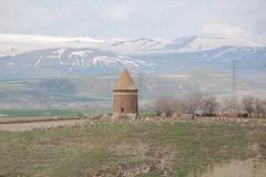 Hasan Padişah Kümbeti, Ahlat Van Gölü