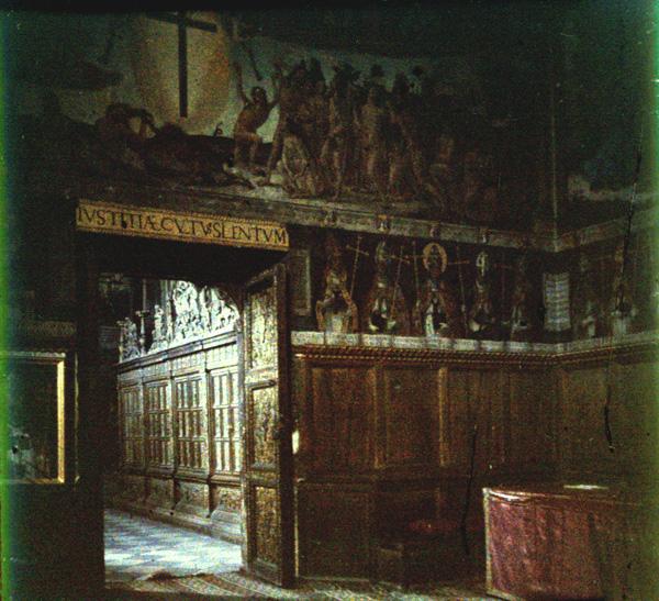 Sala Capitular de la Catedral de Toledo. Autocromo tomado hacia 1913