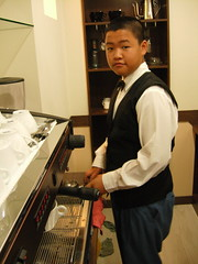 小平頭咖啡師-小緯