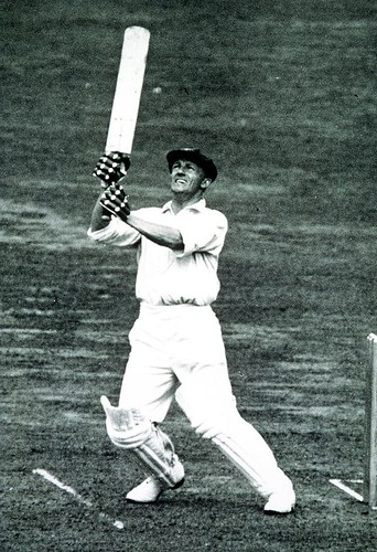 Don Bradman on his way to a 304-Australia vs England 4th test Leeds 1934