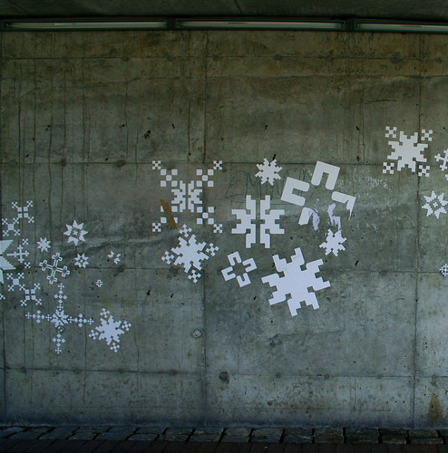 Hey-ey-ey snowflake by ingridesign.