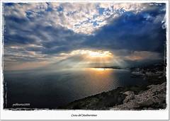 Costa del Mediterrneo (Pablo Arias) Tags: friends espaa naturaleza amigos nature contraluz mar spain cielo nubes atardeceres hdr benidorm calpe smrgsbord nikond300 great123 greatmanipulart kddsflickr yourwonderland