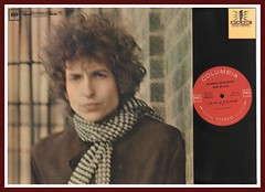 "Bob Dylan ""Blonde On Blonde"" Columbia Records 360 Stereo C2S 841 Vinyl lp front gatefold cover"