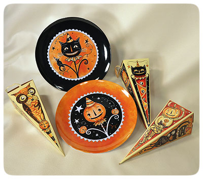 Halloween-Plates-&-Candy-Boxes