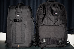 Lowepro flipside 300 vs fastpack 200 (Kent Yu Photography) Tags: camera nikon gear bags lowepro d700 flipside300 inverse200