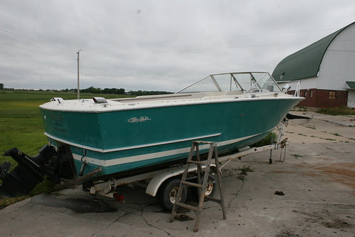 23ft Chris Craft Lancer New Floor And Interior Page 1