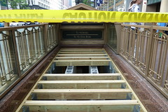 Washington Red Line Station Entrance Being Sealed (Zolk) Tags: chicago subway cta state failure waste redline block37