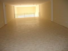 local comercial en venta de 110 m2 entre Benidorm y la Nucia.  Solicite más información a su inmobiliaria de confianza en Benidorm  www.inmobiliariabenidorm.com