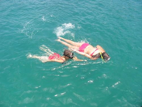 De 2 snorkelende 'zusjes'