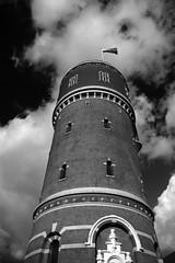 Water Tower II (Ugo F. Turcio) Tags: sky clouds geotagged nuvole zwartwit watertower nederland thenetherlands wolken cielo lucht tilburg furball olanda biancoenero watertoren blackandwithe justpentax torredellacqua pentaxiani geo:lat=51556214 geo:lon=5068691