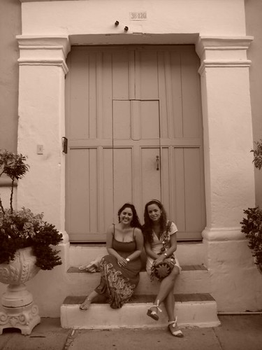 Victoria and Giannina in sepia Cartagena