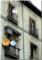 madrid houses españa tv spain satellite balconies casas antennas satellitedish balcones parabólica antenas satélite