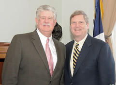 AFGE National President Gage met with Secretary of Agriculture Tom Vilsack - February 2009