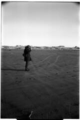 beach4 (magnus*) Tags: leica beach pacific trix d76 m6 35mmsummicronpreasph somewherenearaberdeenwa
