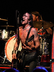 2009_0410 Backyard Babies 18 by baconmusic_photos