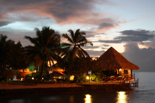 Tahiti at Sunset (Intercontintal Beachcomber Resort, Papeete)
