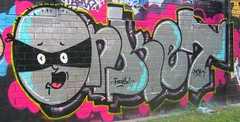 onket (Putup or shutup) Tags: by graff putup putuppics putupbribane