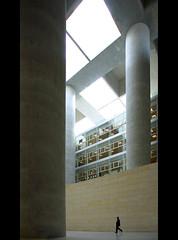granada_75 (respiraelviento) Tags: architecture arquitectura granada soe cajadegranada albertocampobaeza goldstaraward cajageneraldeahorros