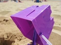 (Bobert's Photostream) Tags: island bucket barry spade