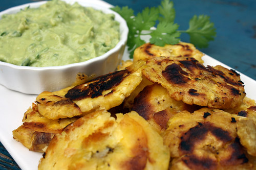 Tostones with Green Sauce 1